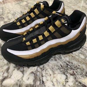 Nike Air Max 95 OG AT2865-002 BLACK/METALLIC GOLD